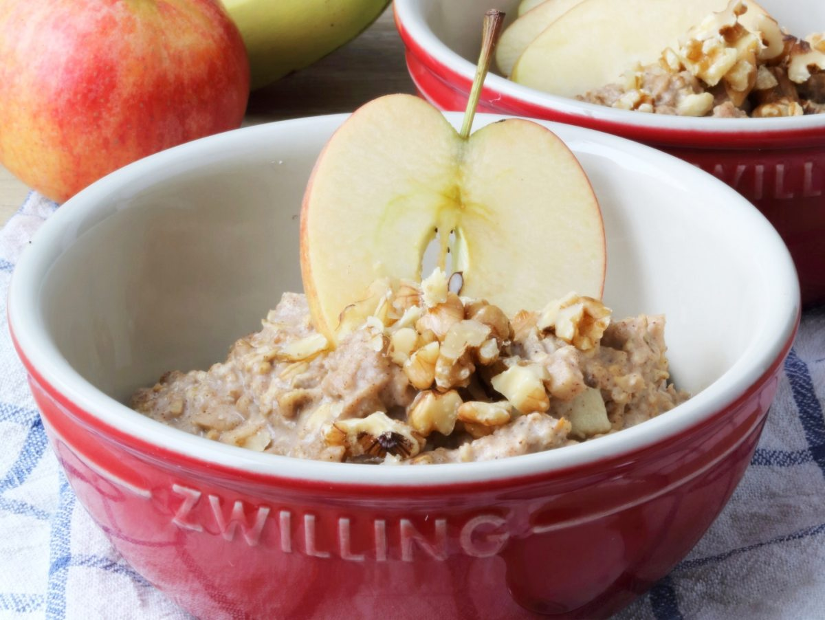Herbstliches Apfel-Bananen-Porridge